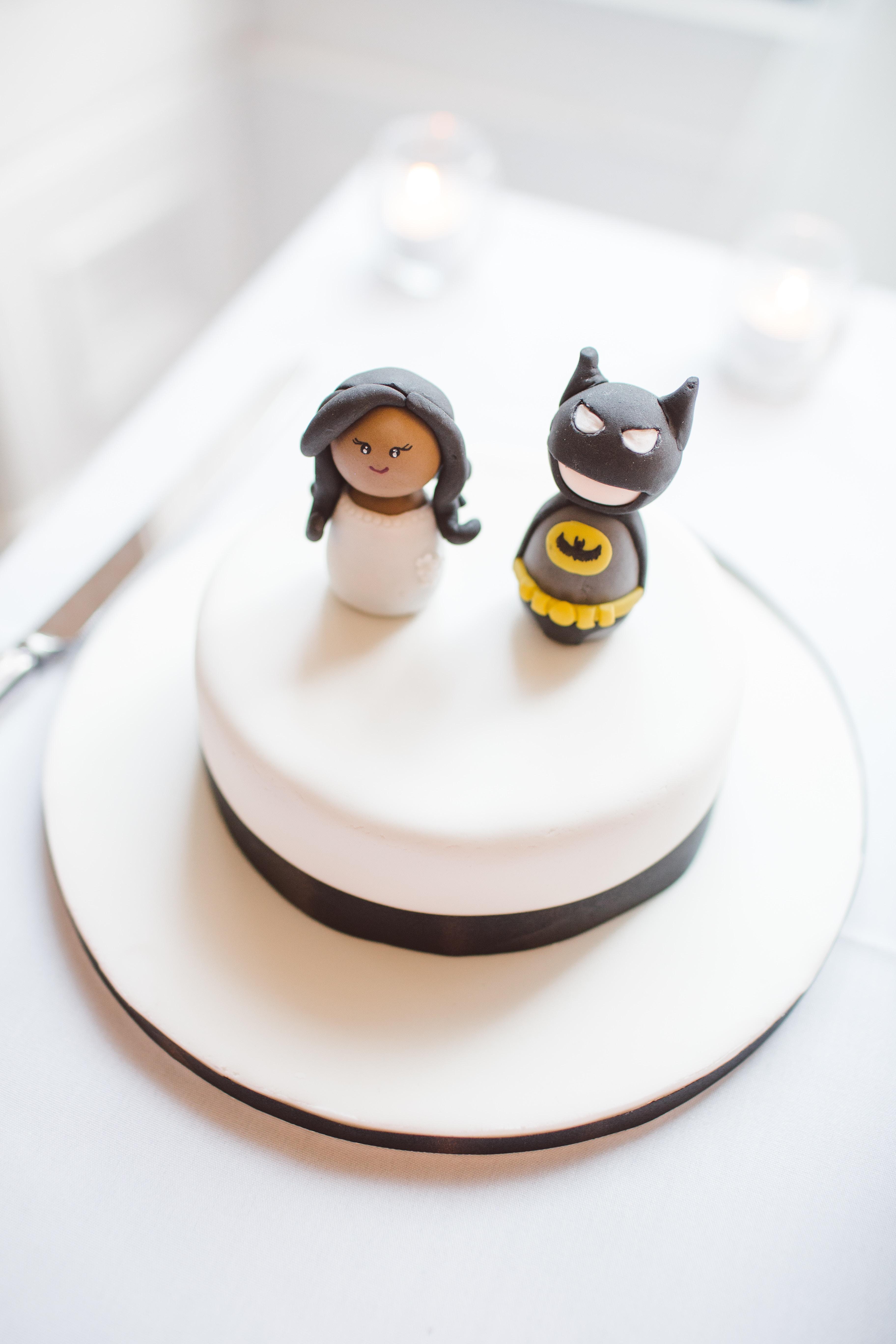 En kagefigur er en sød og sjov pynt af kagen